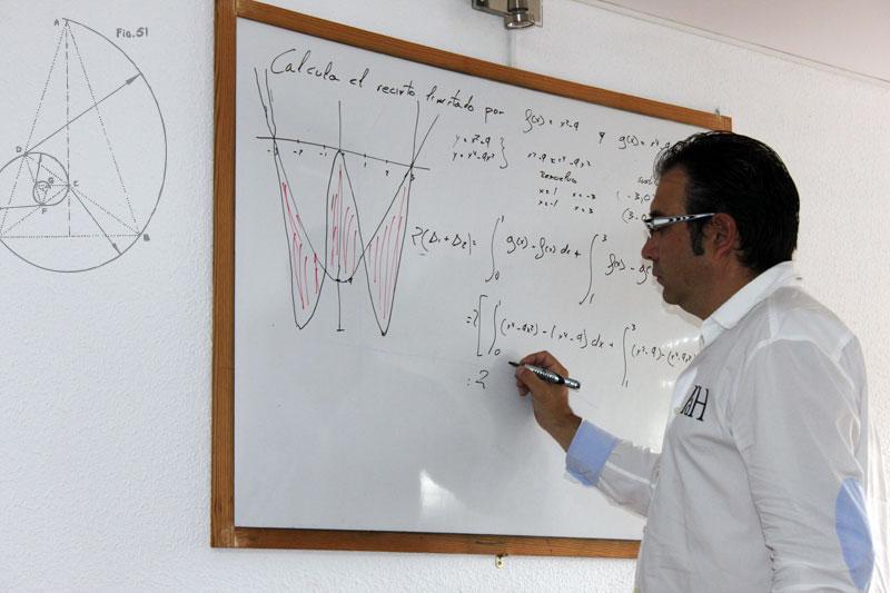 José Viñas Clases Zamora